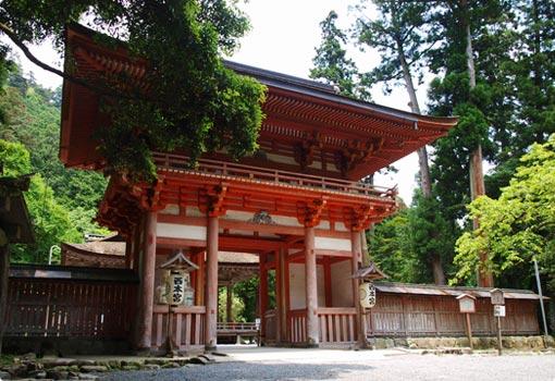 西本宮桜門