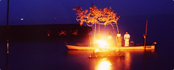 湖上焚上神事